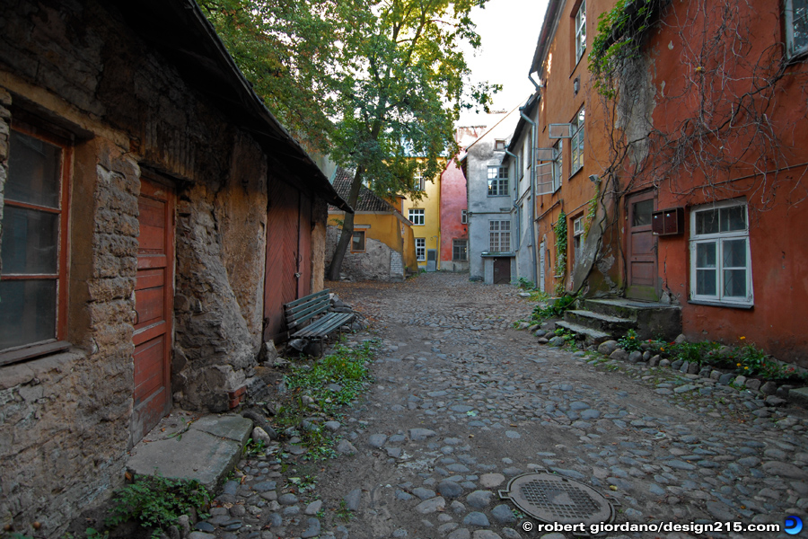 Miscellaneous - A Street in Estonia, photo by Robert Giordano