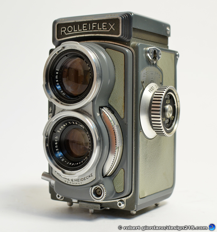 Product Photography - Rolleiflex Baby 4x4 Twin Lens Reflex Camera, photo by Robert Giordano