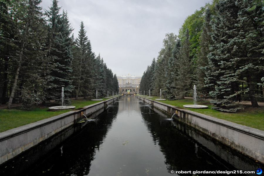 Travel Photography - Morskoi Canal at Peterhof Palace, photo by Robert Giordano