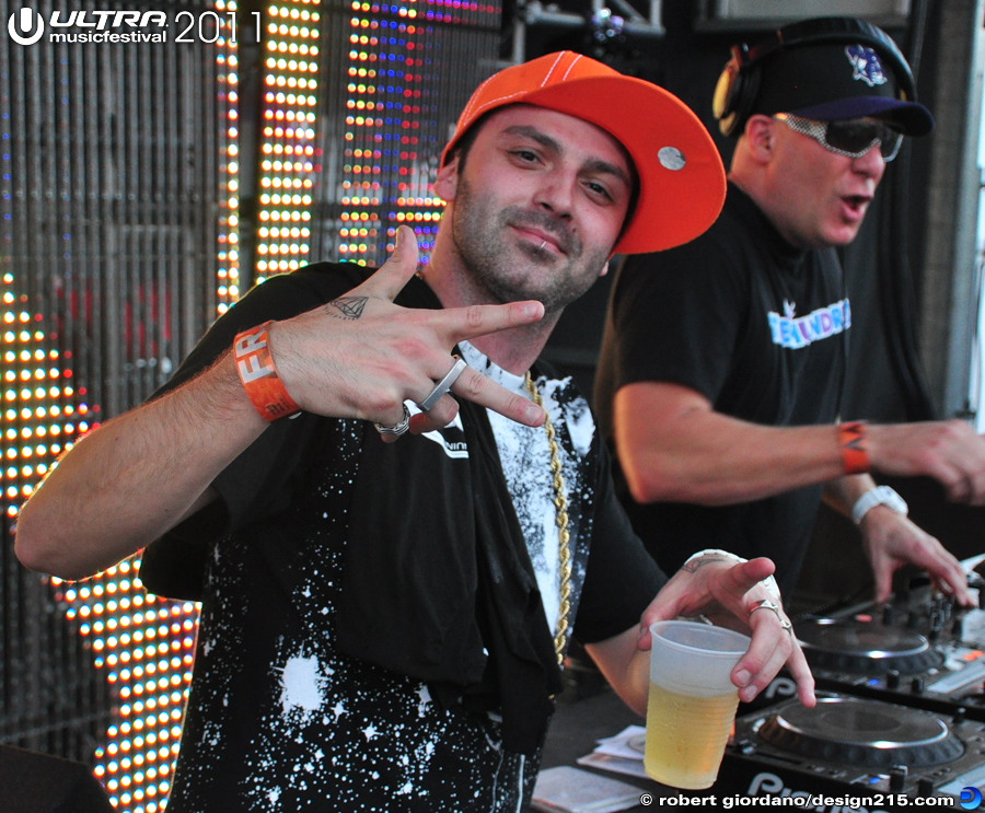 2011 Ultra Music Festival - DJ Icey, UMF Radio Stage #0093, photo by Robert Giordano