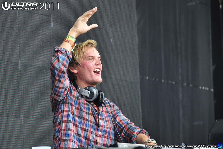 2011 Ultra Music Festival - Avicii, Main Stage #0762, photo by Robert Giordano