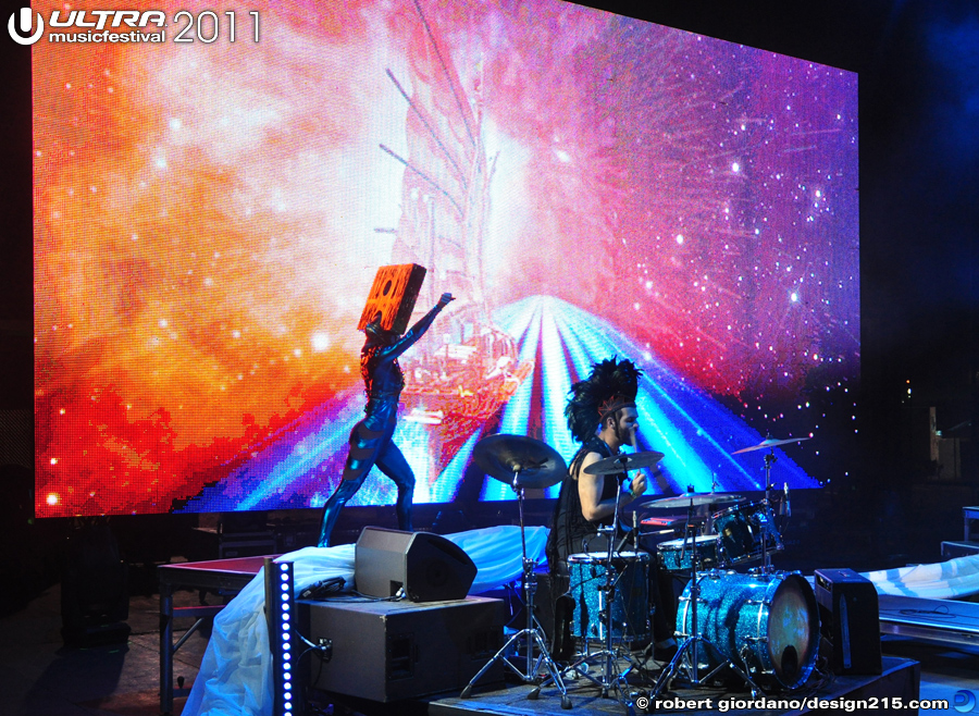 2011 Ultra Music Festival - Empire of the Sun, Live Stage #1141, photo by Robert Giordano