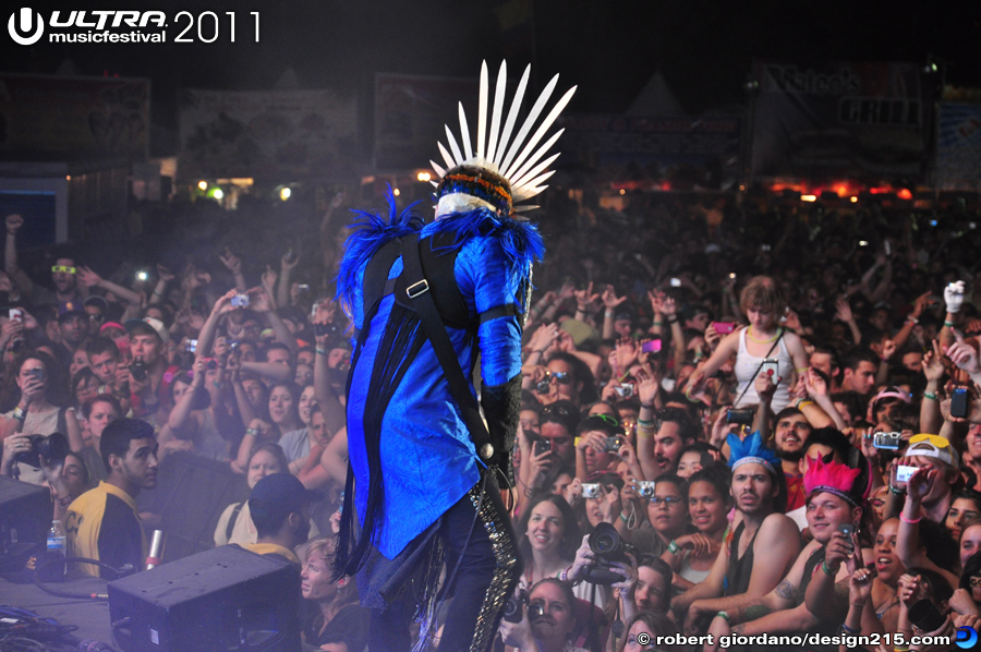 Empire of the Sun, Live Stage #1160 - 2011 Ultra Music Festival