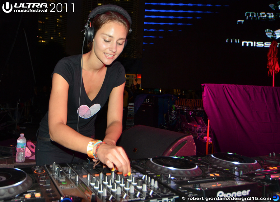 2011 Ultra Music Festival - DJ Miss Nine, Live Stage #1315, photo by Robert Giordano