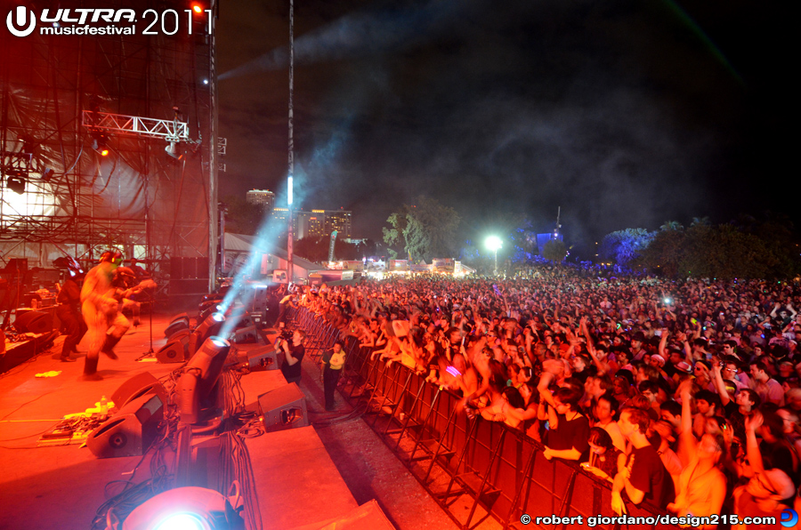 Royksopp, Live Stage #1362 - 2011 Ultra Music Festival
