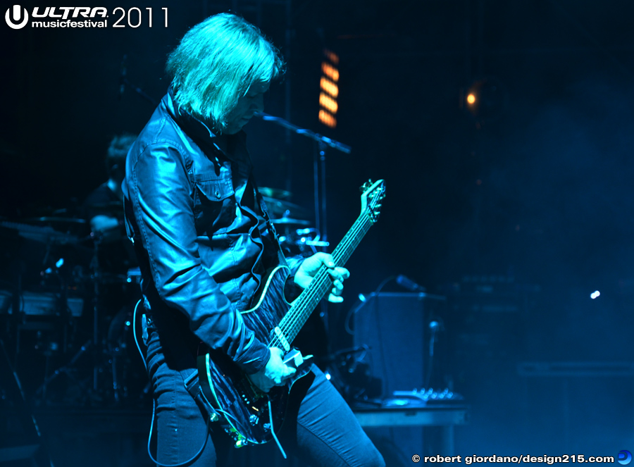 2011 Ultra Music Festival - Pendulum Live, Main Stage #1517, photo by Robert Giordano