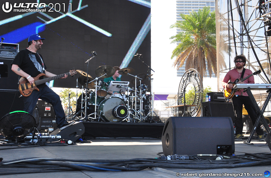 2011 Ultra Music Festival - Disco Biscuits, Live Stage #1669, photo by Robert Giordano