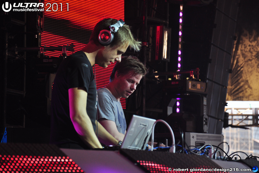 Armin Van Buuren with Ferry Corsten #1785 - 2011 Ultra Music Festival