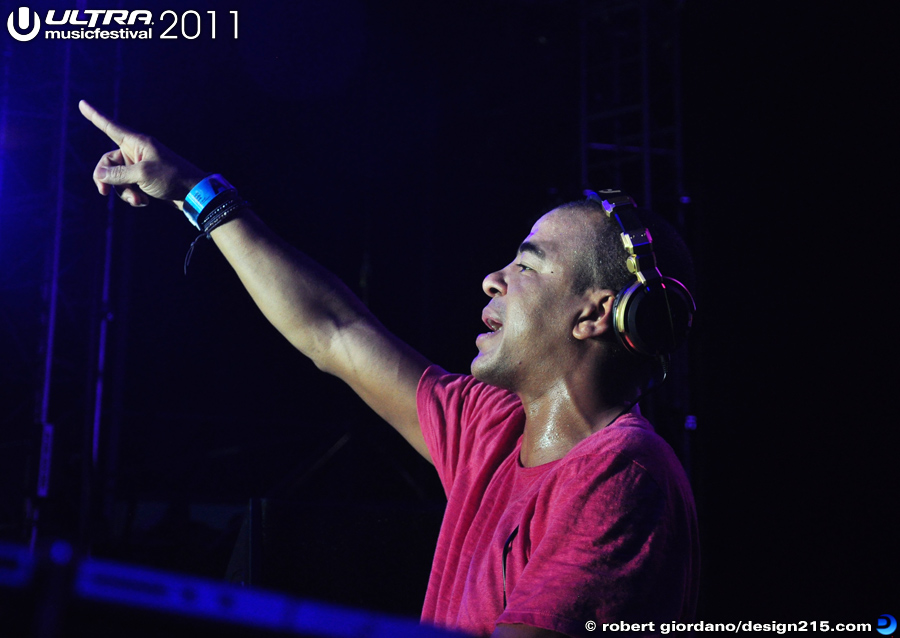Erick Morillo, Main Stage #1876 - 2011 Ultra Music Festival