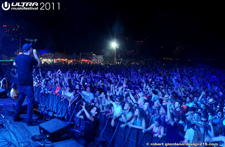 2011 Ultra Music Festival - Subfocus, Live Stage #2107, photo by Robert Giordano