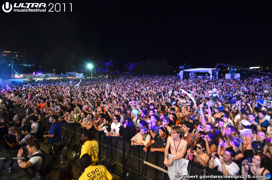 2011 Ultra Music Festival - Underworld, Main Stage #2804, photo by Robert Giordano