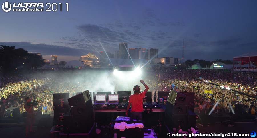 Erick Morillo, Main Stage #3192 - 2011 Ultra Music Festival