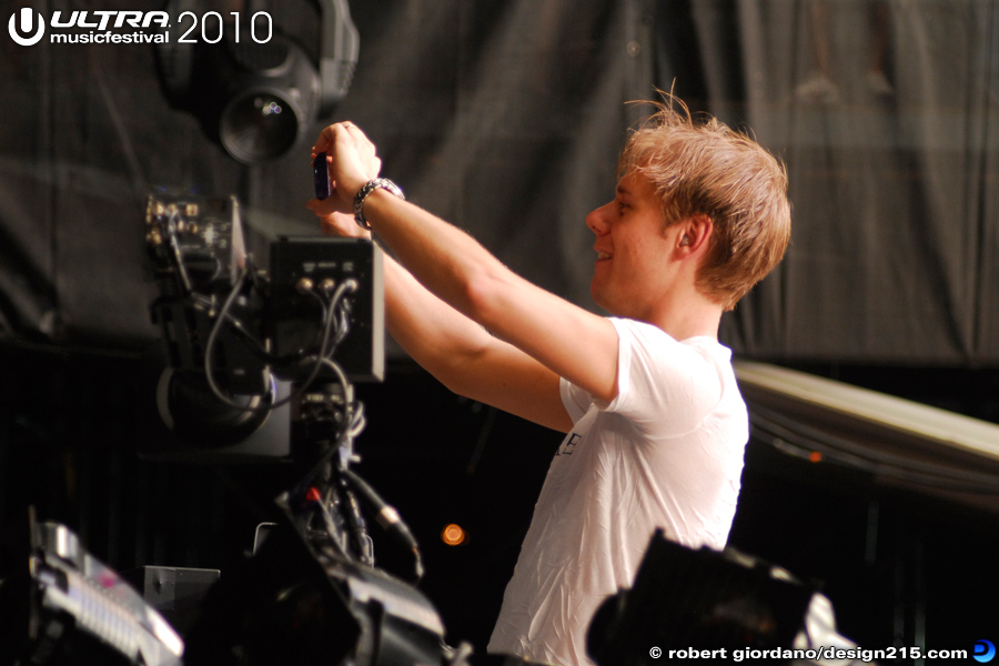 Armin Van Buuren, Main Stage, Day 2 - 2010 Ultra Music Festival